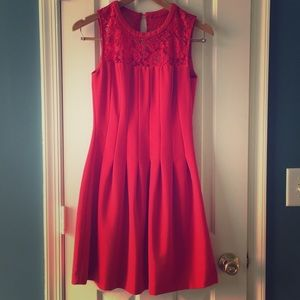 H&M Sleeveless Lace Dress in Red